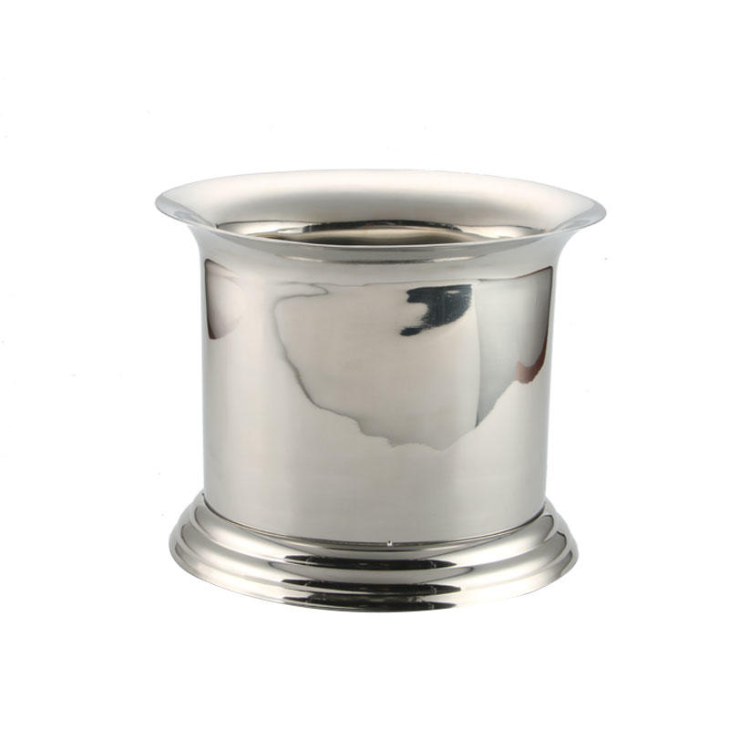 Stainless steel oval shaped ice bucket with inside divider and double walled design